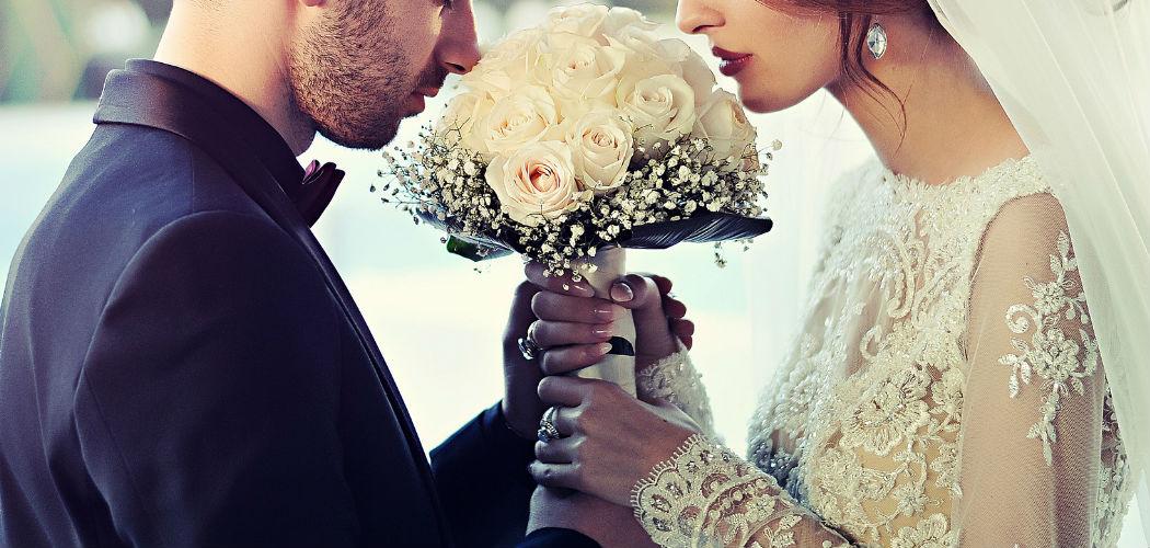 ロマンティックなプロポーズを考えている貴方にオススメ!デザイン婚姻届